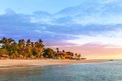 https://www.ausdownunder.com/themes/user/site/default/asset/img/common/Fijian-Island_1.jpg