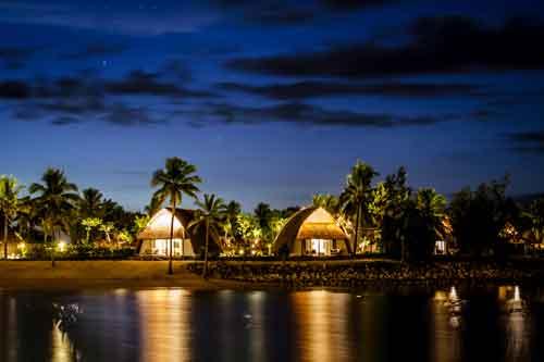 https://www.ausdownunder.com/themes/user/site/default/asset/img/common/Lagoon-view-in-Fiji-during-blue-hour.jpg